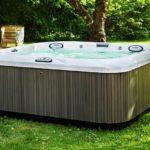 jacuzzi-hot-tub